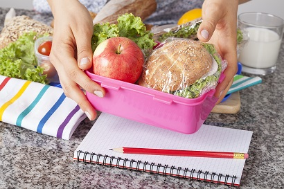 Packing lunch saves you money